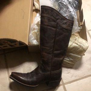 Ariat Sahara western boots